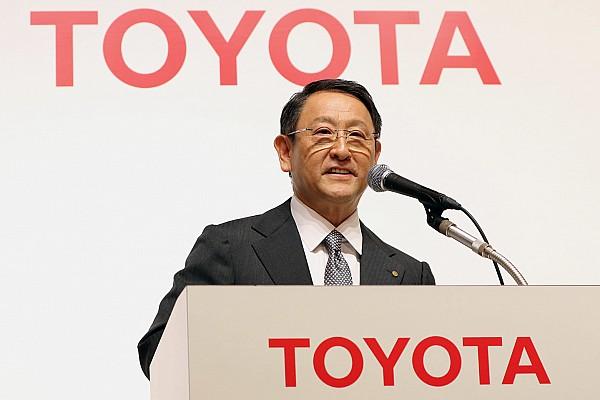 L'omaggio del presidente Toyota alla Porsche
