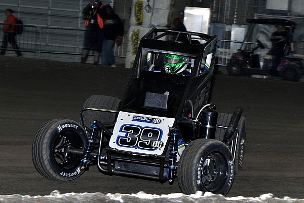 Midget Chili Bowl Nationals: Justin Grant wins Friday night qualifier