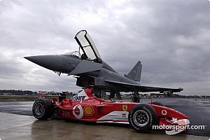 День в історії: Шумахер vs винищувач, нова система очок Ф1, остання помилка Алонсо