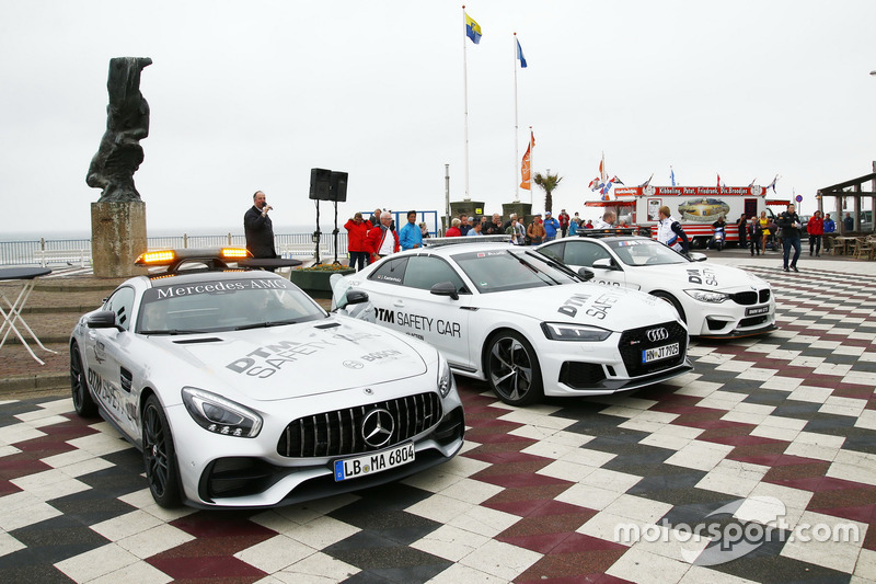 Paul Di Resta, Mercedes-AMG Team HWA, Mercedes-AMG C63 DTM, Loic Duval, Audi Sport Team Phoenix, Audi RS 5 DTM, Maxime Martin, BMW Team RBM, BMW M4 DTM güvenlik aracıyla