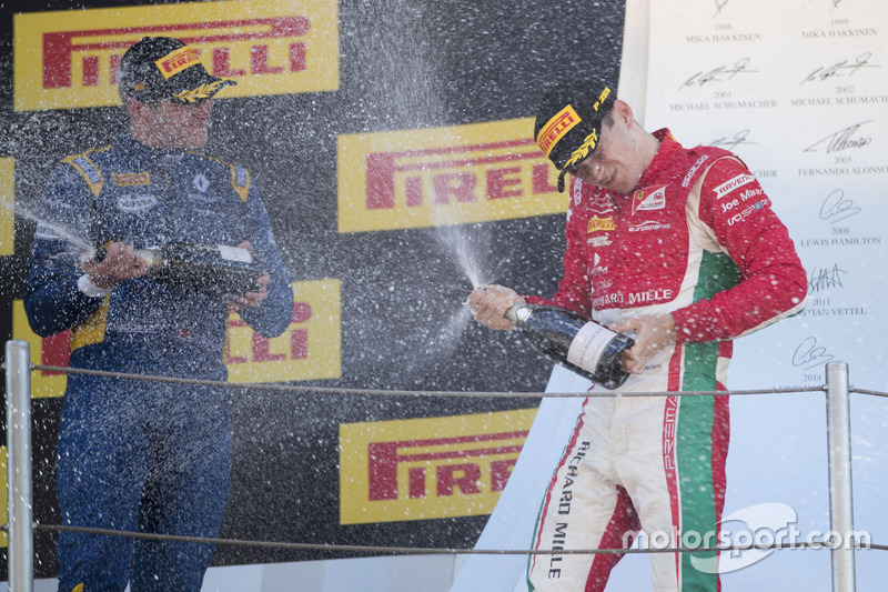 Podium: race winner Charles Leclerc, PREMA Powerteam, third place Oliver Rowland, DAMS