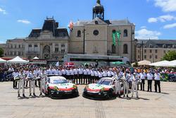 №92 Porsche Team Porsche 911 RSR: Микаэль Кристенсен, Кевин Эстре, Дирк Вернер; №91 Porsche Team Porsche 911 RSR: Рихард Лиц, Фредерик Маковецки, Патрик Пиле