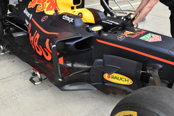 Red Bull Racing RB13, side