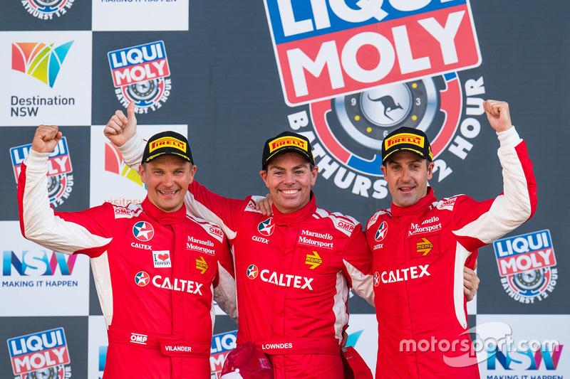 Podio: Ganadores de la carrera #88 Maranello Motorsport, Ferrari 488 GT3: Toni Vilander, Craig Lowndes, Jamie Wincup