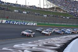 Kyle Busch, Joe Gibbs Racing Toyota, Matt Kenseth, Joe Gibbs Racing Toyota, Martin Truex Jr., Furniture Row Racing Toyota