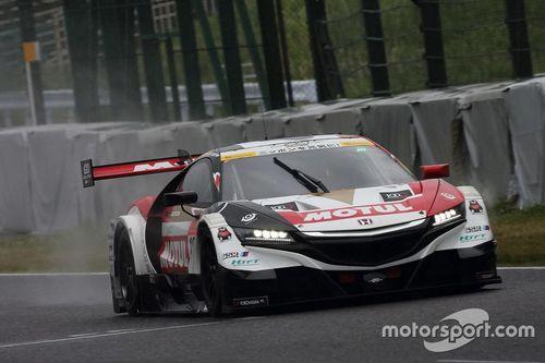 Jenson Button Super GT testing