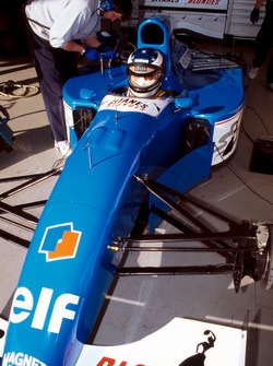 Preparations are made to the Ligier JS39B Renault that  Michael Schumacher will test to evaluate the Renault V10 engine