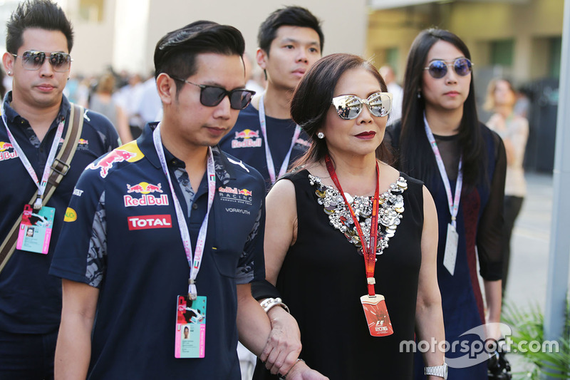 Daranee Yoovidhya, co propietario de Red Bull Racing y Vorayuth Yoovidhya