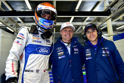 Ganador de la pole GTE-Pro: #67 Ford Chip Ganassi Racing Ford GT: Andy Priaulx, Harry Tincknell, Pip