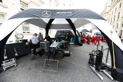 The Mercedes AMG F1 team prepare for the London F1 street demonstration