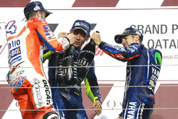 Podio: il vincitore della gara Maverick Viñales, Yamaha Factory Racing, secondo Andrea Dovizioso, Ducati Team, terzo Valentino Rossi, Yamaha Factory Racing