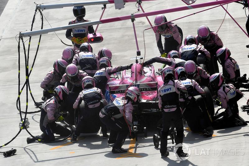 Esteban Ocon, Force India VJM11 au stand