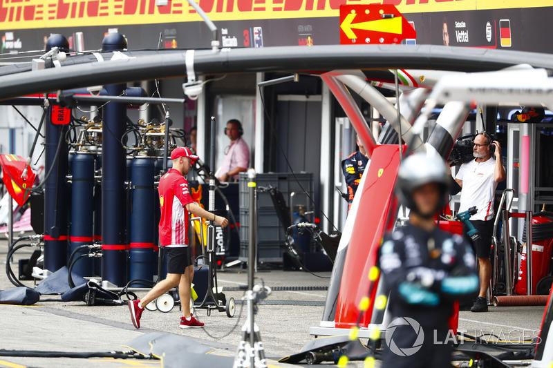 После схода: Себастьян Феттель, Ferrari