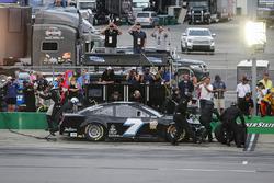 Jesse Little, Premium Motorsports, Chevrolet Camaro pit stop