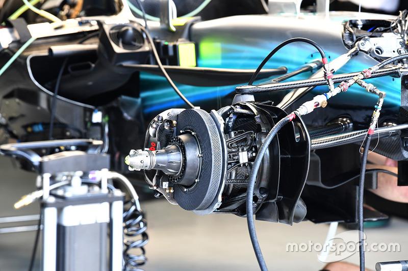 Freins avant et moyeux de la Mercedes-Benz F1 W08