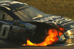 Crash: Danica Patrick, Stewart-Haas Racing Ford