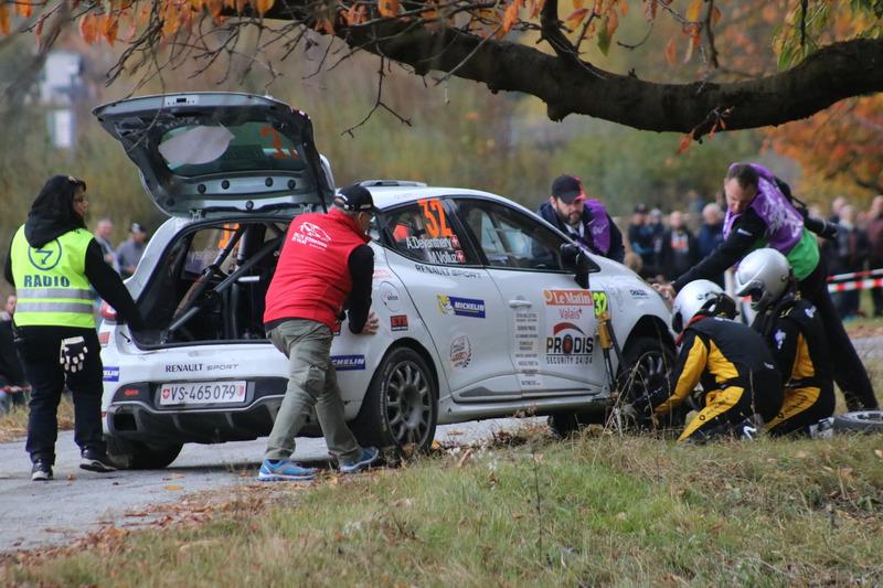 Aurélien Devanthéry, Michael Volluz, Renault R3T, D-MAX Swiss, Radwechsel SP4 Casernes Sion