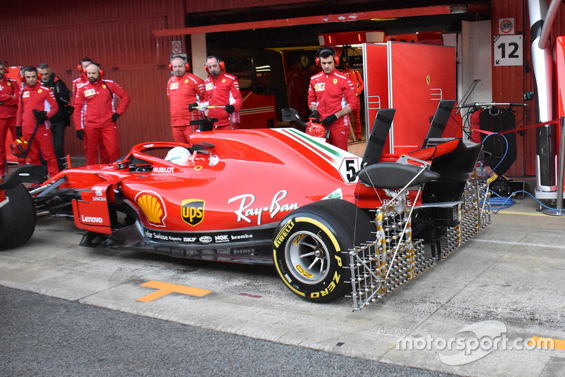 Sebastian Vettel, Ferrari SF71H in pitlane