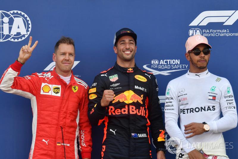 Sebastian Vettel, Ferrari, le poleman Daniel Ricciardo, Red Bull Racing et Lewis Hamilton, Mercedes-AMG F1