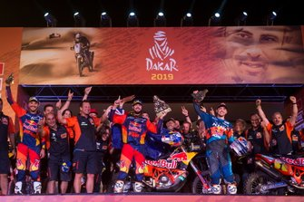 Podio: #3 Red Bull KTM Factory Racing KTM: Toby Price, con il team