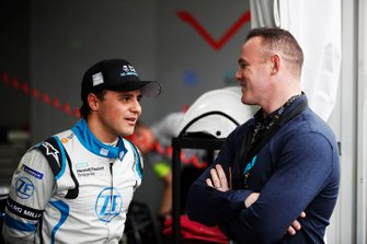 Felipe Massa, Venturi Formula E, meets footballer Wayne Rooney