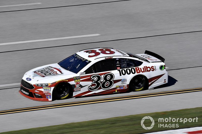 16. David Ragan, Front Row Motorsports, Ford Fusion 1000Bulbs.com
