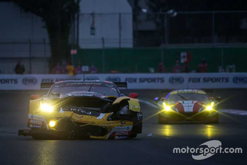 Trouble for the #50 Larbre Competition Corvette C7.R: Ricky Taylor, Yutaka Yamagishi, Pierre Ragues