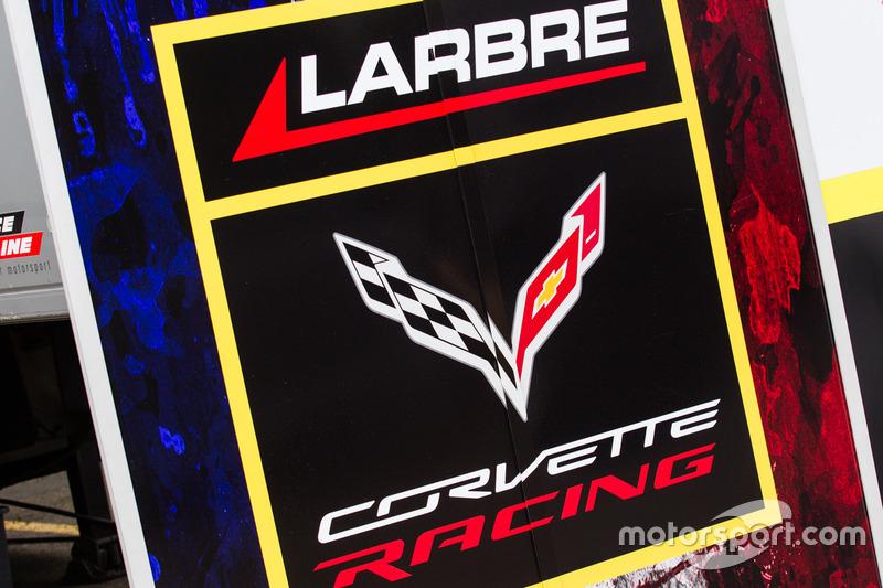 Зона та лого Larbre Competition