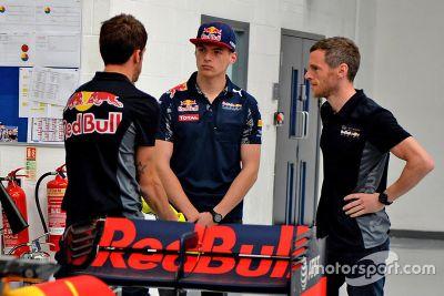 Werksbesuch bei Red Bull