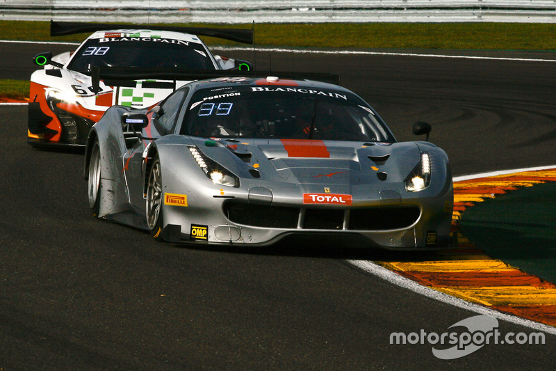 #55 AT Racing Ferrari 488 GT3: Pierguiseppe Perazzini, Thomas Flohr, Marco Cioci, Francesco Castellacci