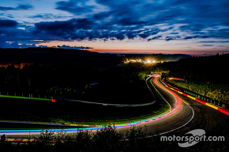 #1: Abendstimmung in Spa-Francorchamps