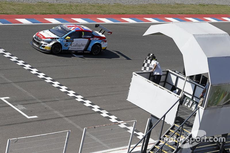 Tom Chilton, Sébastien Loeb Racing, Citroën C-Elysée WTCC takes the win
