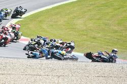 Choque de Jack Miller, Marc VDS, Loris Baz, Avintia Racing, Alvaro Bautista, Aprilia Racing Team Gre