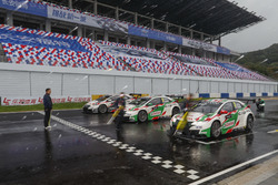 Gabriele Tarquini, Honda Racing Team JAS, Honda Civic WTCC, Norbert Michelisz, Honda Racing Team JAS, Honda Civic WTCC, Ryo Michigami, Honda Racing Team JAS, Honda Civic WTCC