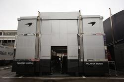 McLaen trucks