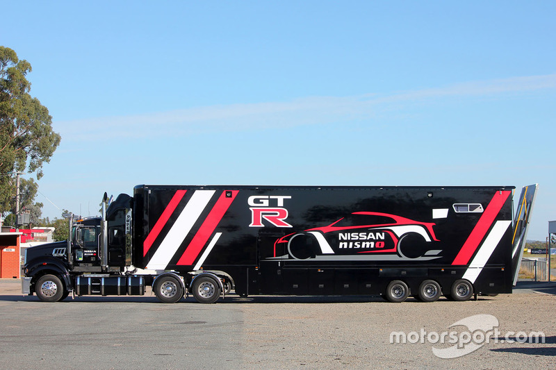 Nissan Motorsport truck