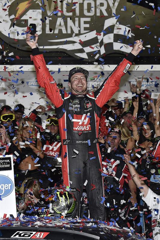 1. Kurt Busch, Stewart-Haas Racing, Ford