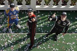 Подіум: переможець Вілл Пауер, Team Penske Chevrolet, друге місце Джозеф ньюгарден, Team Penske Chevrolet, третє місце Александр Россі, Курб Херта - Andretti Autosport Honda