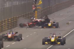 Crash: Macau Grand Prix (Screenshot)