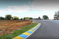 Le Mans cambios en la pista en las curvas Porsche