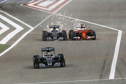 Нико Росберг, 100-й старт за Mercedes AMG F1, Гран При Бахрейна 2015