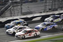 Kyle Larson, Chip Ganassi Racing Chevrolet; Clint Bowyer, Stewart-Haas Racing Ford; Michael McDowell, Leavine Family Racing Chevrolet; Danica Patrick, Stewart-Haas Racing Ford