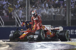 Kimi Raikkonen, Ferrari, Max Verstappen, Red Bull, after the crash