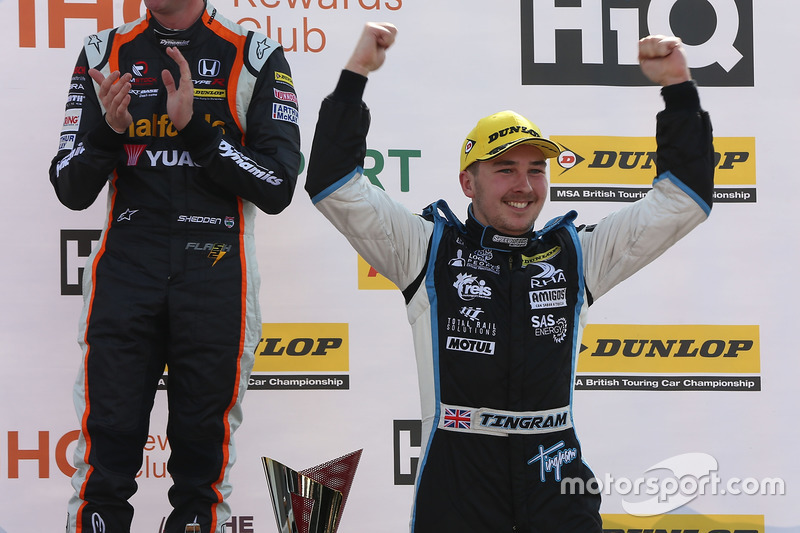 Race winner Tom Ingram, Speedworks Motorsport Toyota Avensis