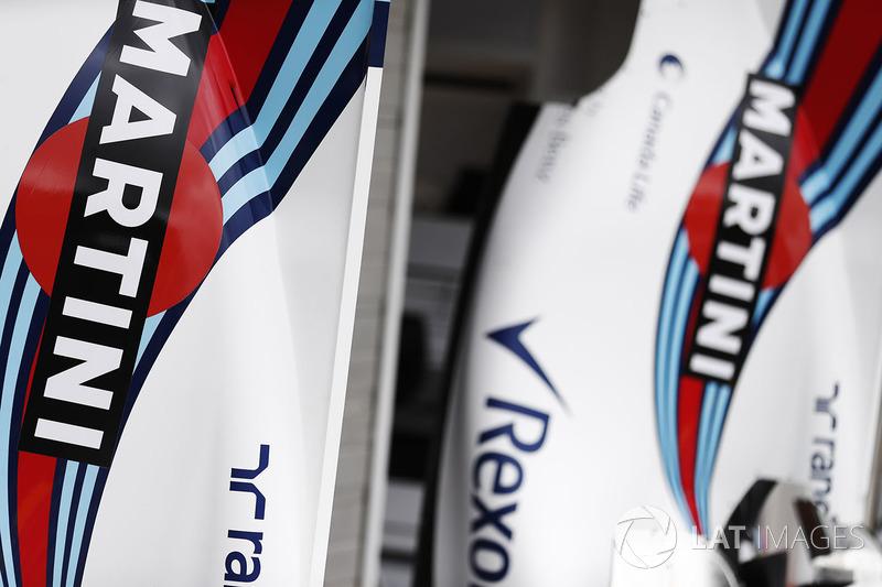 Williams FW40: Bodywork