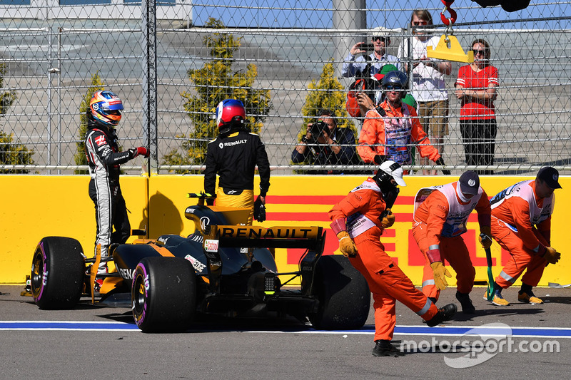 Jolyon Palmer, Renault Sport F1: Abandono