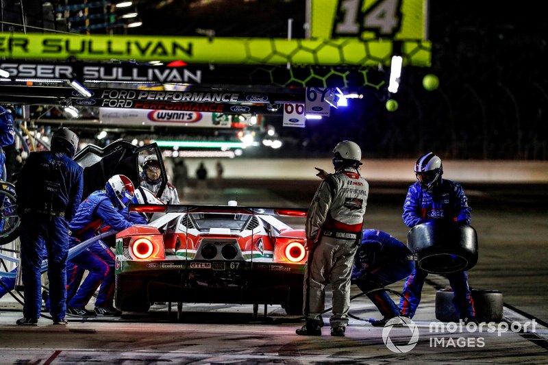 #67 Ford Chip Ganassi Racing Ford GT, GTLM: Райан Бріско, Річард Вестбрук, Скотт Діксон