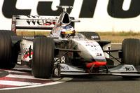 ميكا هاكينن، مكلارين على طريقه لإحراز لقب العالم في الفورمولا واحد