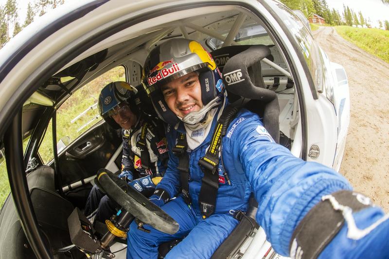 Ayrat Mardeev con Jari-Matti Latvala, Volkswagen Motorsport