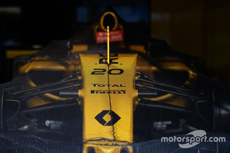 Renault Sport F1 Team RS16, Kevin Magnussen, Renault Sport F1 Team, parc ferme